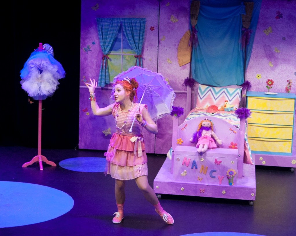 9908_CLSDS_Fancy Nancy The Musical_Naomi Krajden_Photo by Diane Dupuis